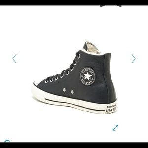 Converse All Star Chuck Taylor fur-lined high tops